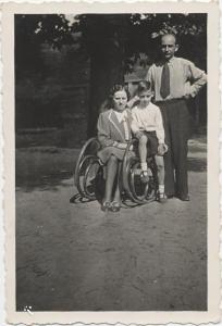 Marie's husband James and son Heinz Ingo (Perl)