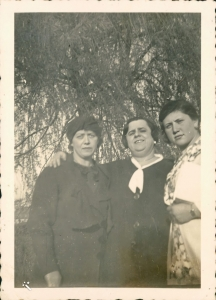 Betty during visit to Germany 1934/35 with her daughter Ilse
