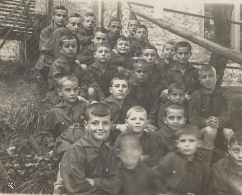 Karl: Top row fourth from left (taken in 1929)